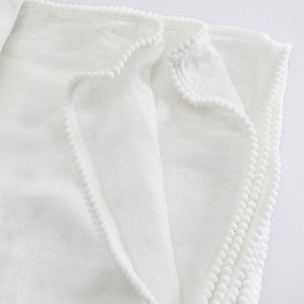 pure white color pom pom trim muslin baby blankets