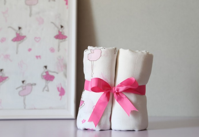 dancing girl muslin blanket for baby girl